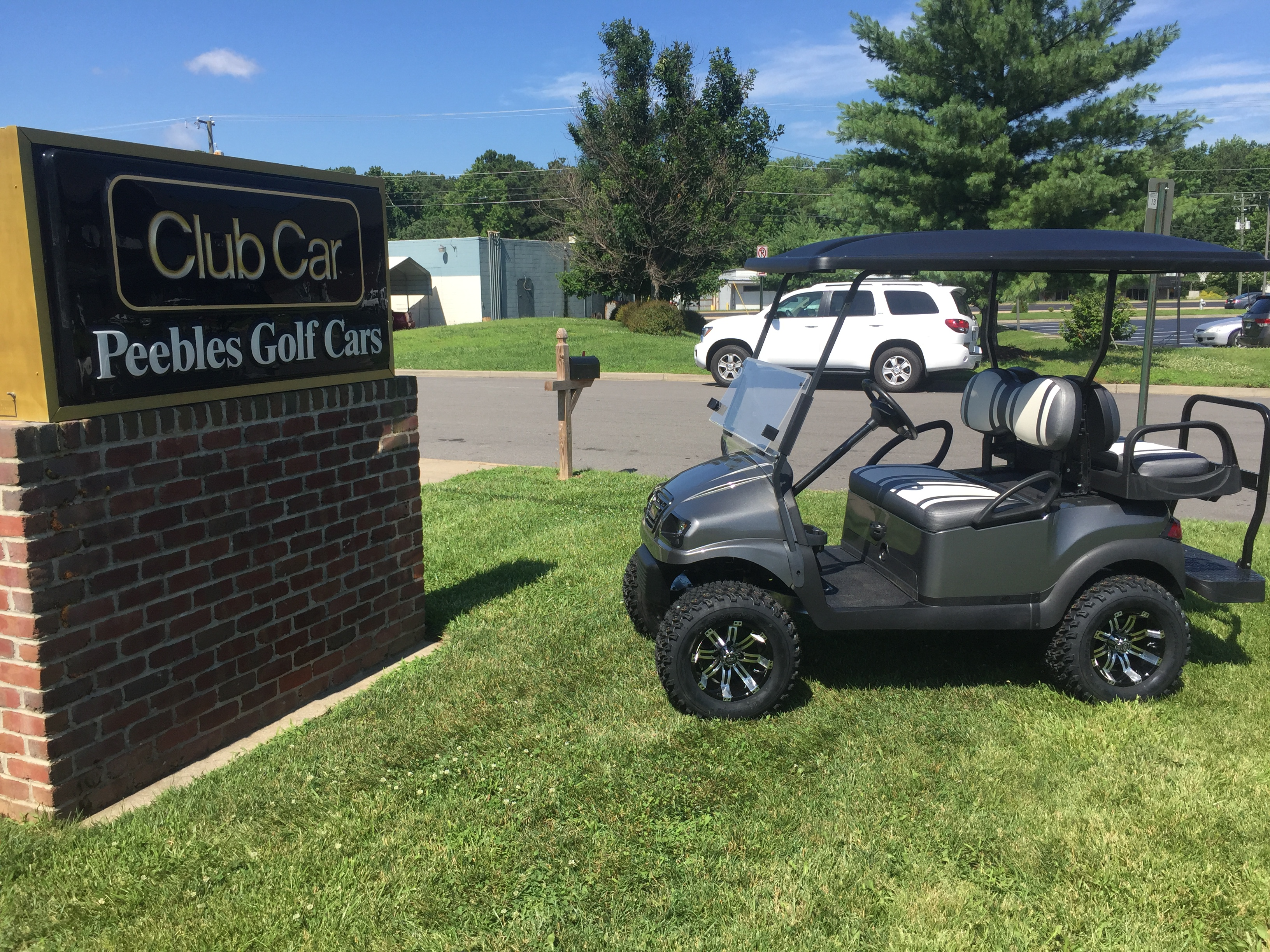 2014 Club Car Lifted Electric Golf Cart Graphite Phantom Peebles