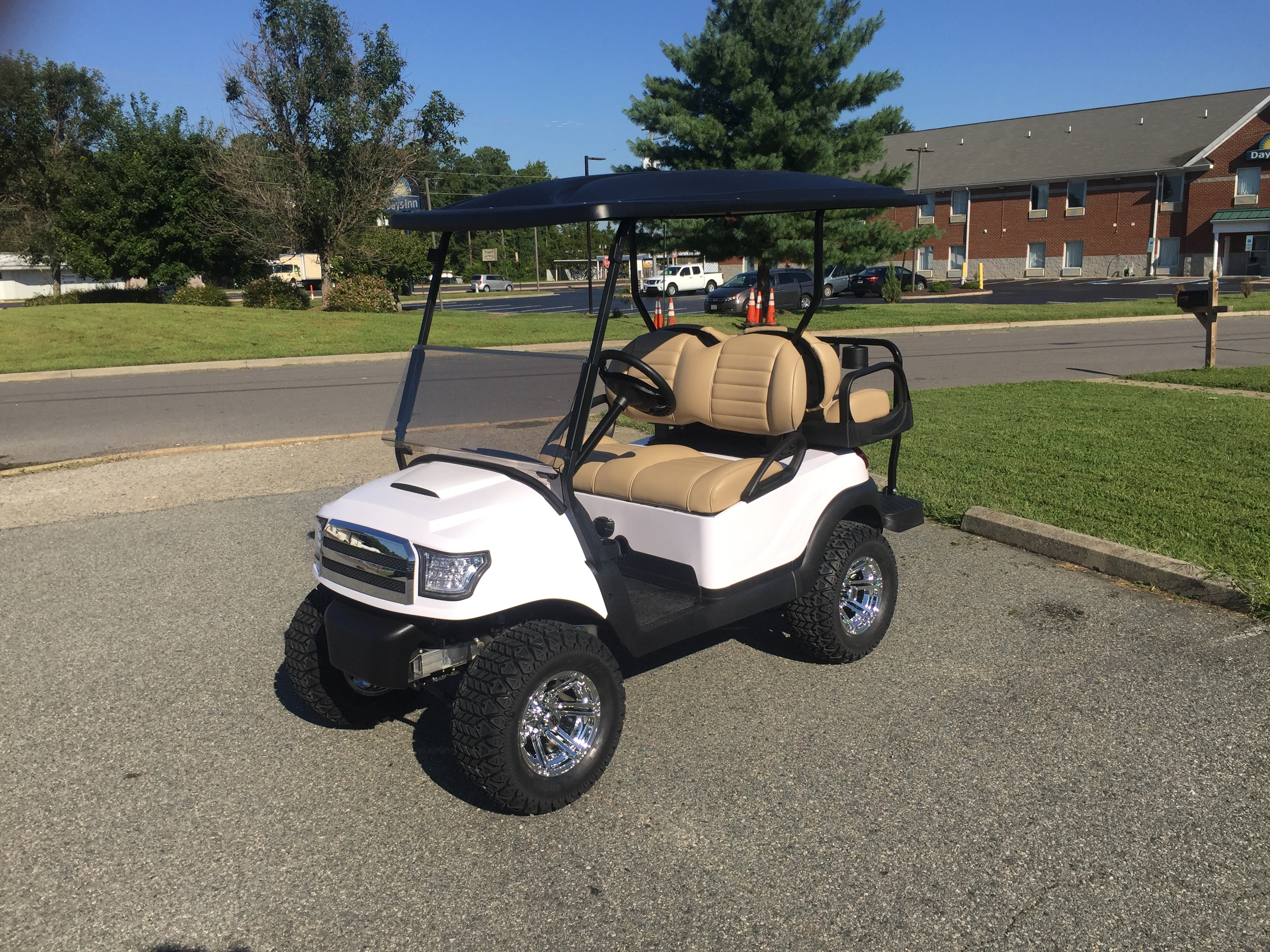 2014 Club Car Lifted Electric Golf Car White Alpha Peebles Golf Cars